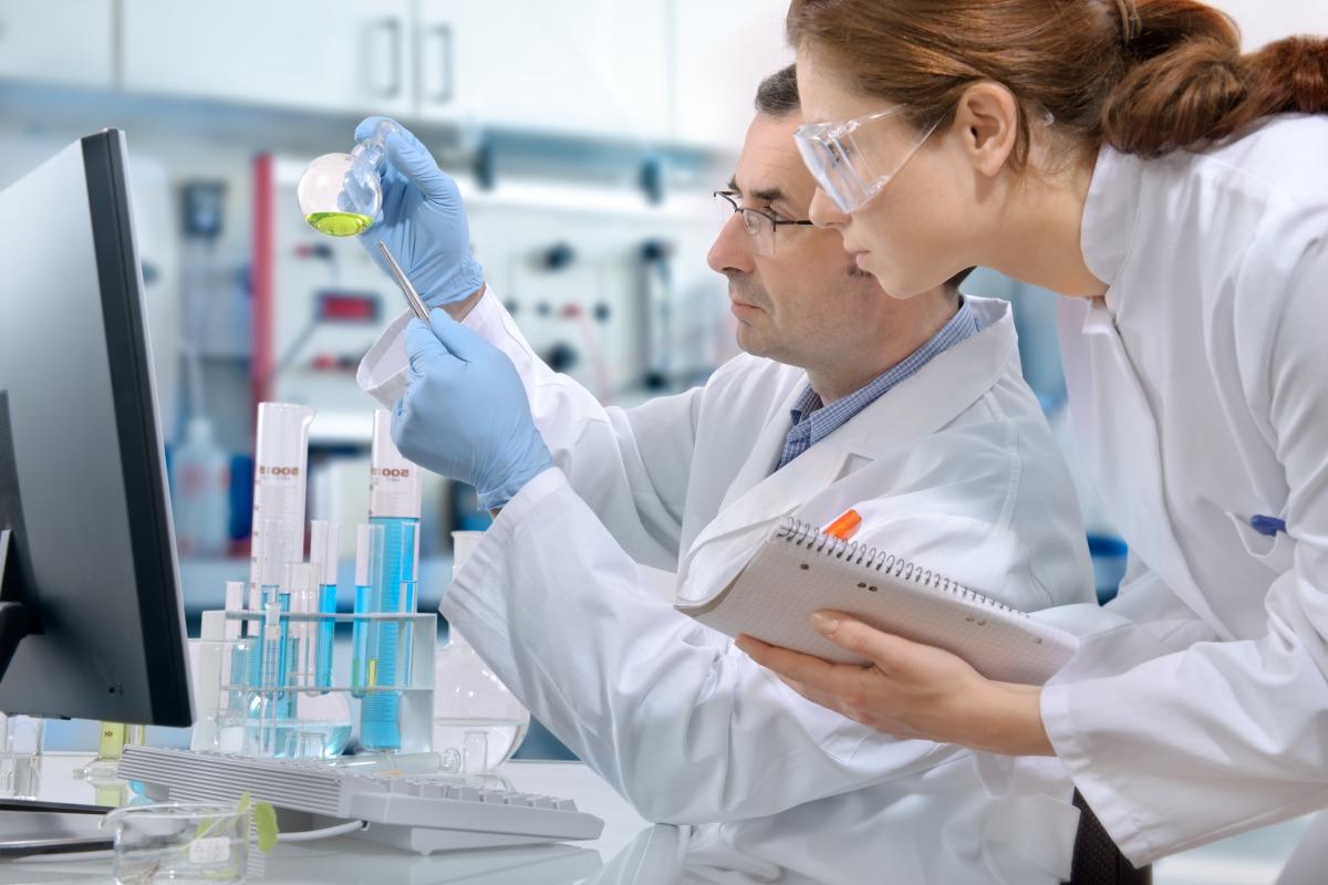 Resultado de imagen para industria farmaceutica